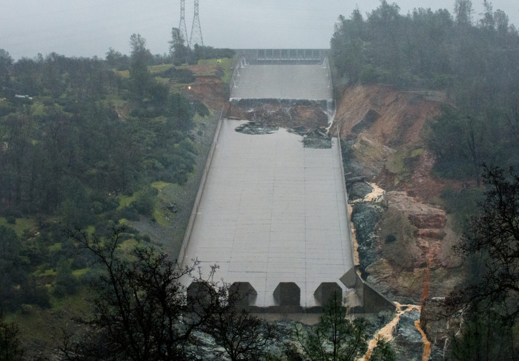 Officials have ordered tens of thousands of residents to evacuate areas near the Oroville Dam in Northern California over fears that an emergency spillway could fail.