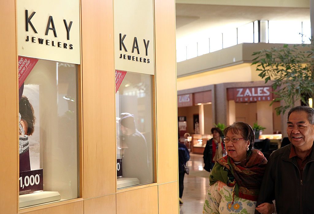 Documents show that hundreds of employees of Kay Jewelers' parent company have alleged that management fostered a culture of sexual harassment.