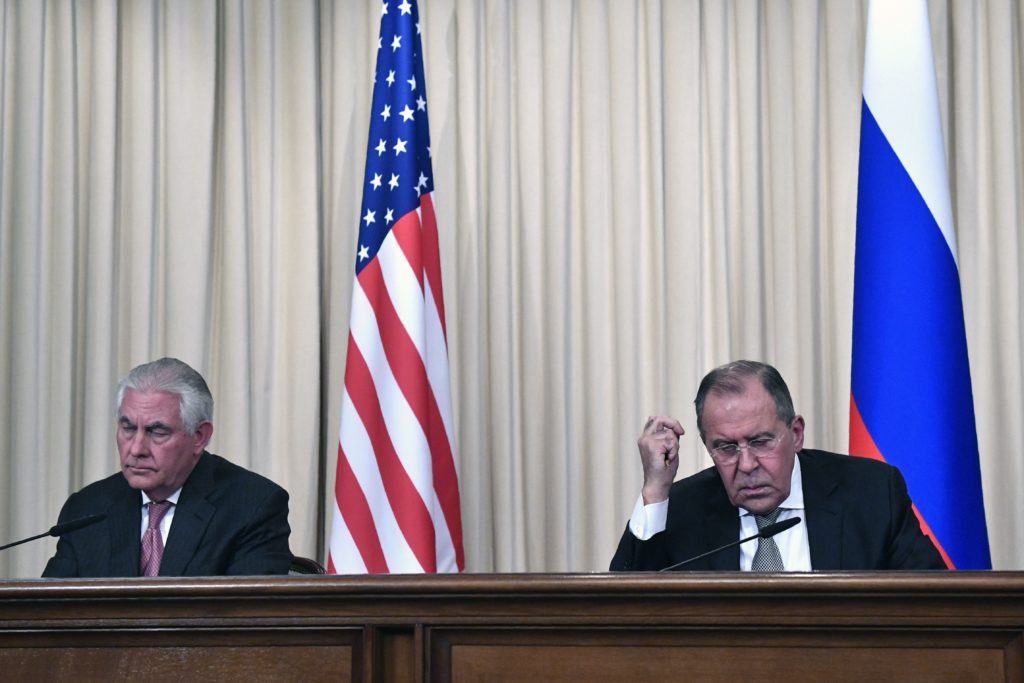 Russian Foreign Minister Sergei Lavrov (R) and US Secretary of State Rex Tillerson  take part in a press conference after a meeting in Moscow.